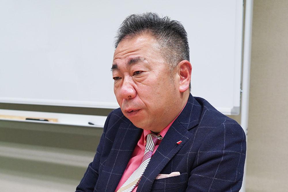 エイコムの飯塚代表