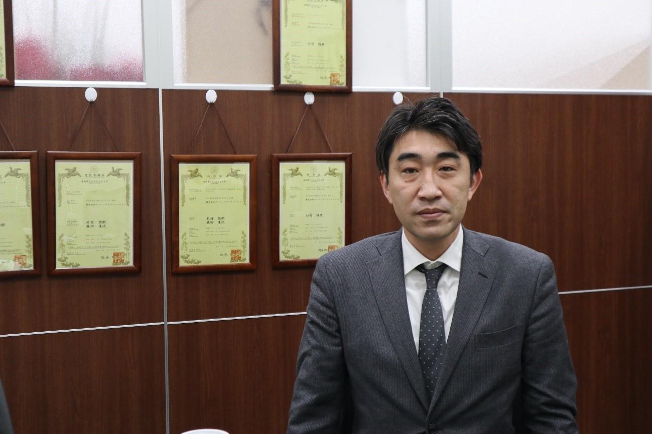 専務取締役管理部長・高畠達也さん(画像提供 株式会社フェニックスソリューション)