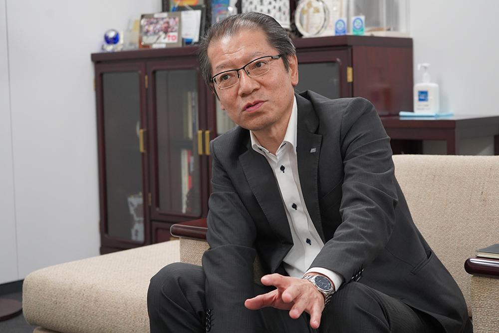 株式会社光アルファクス取締役本部長 竹内博文さんのインタビュー風景