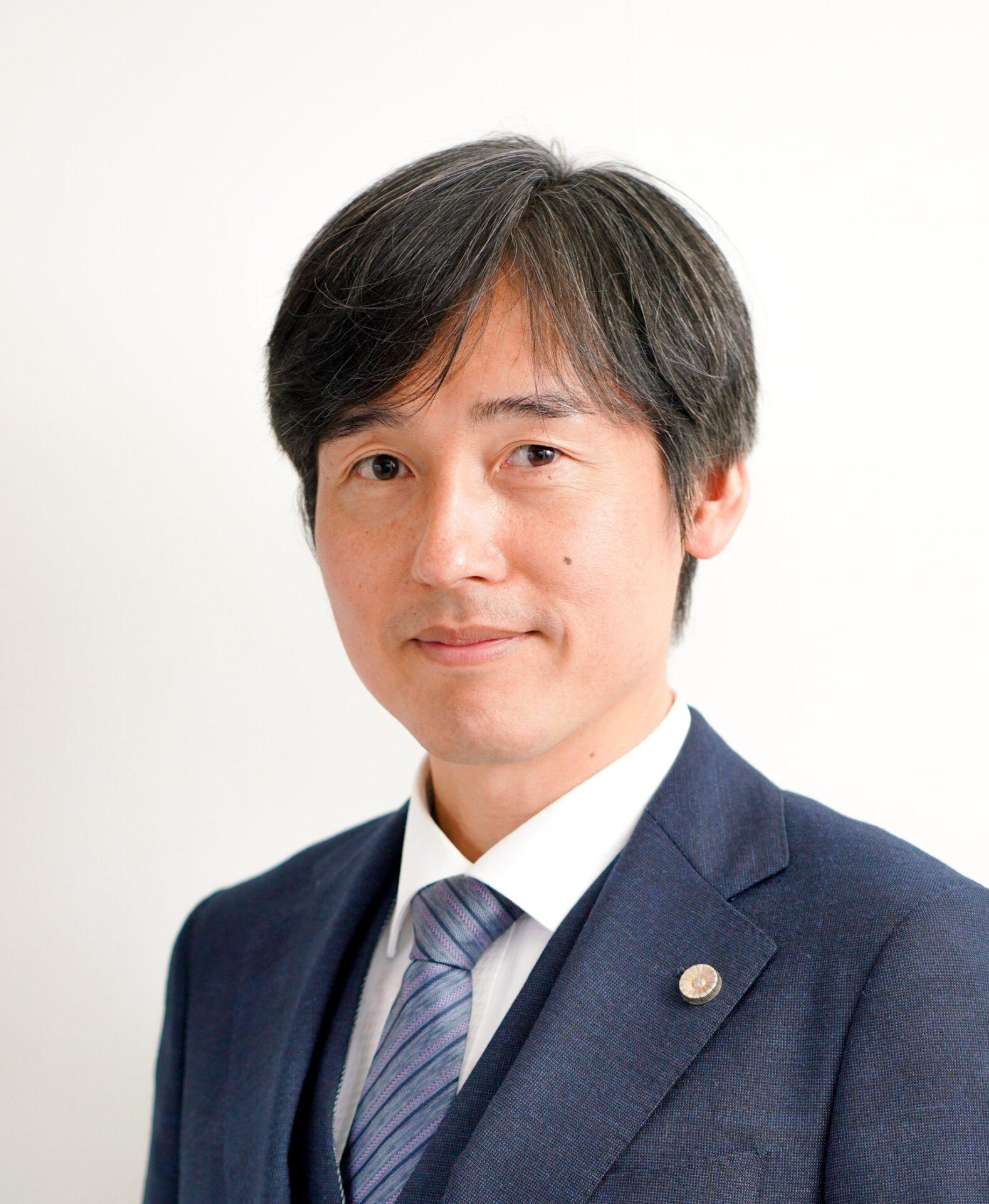 株式会社LOVELEDGE代表取締役:弁護士 堀田 崇