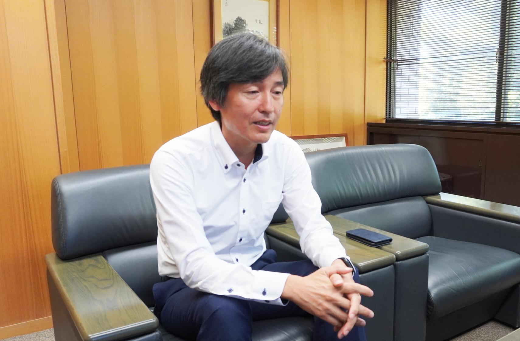 、株式会社LOVELEDGEの代表取締役でもある堀田崇社長